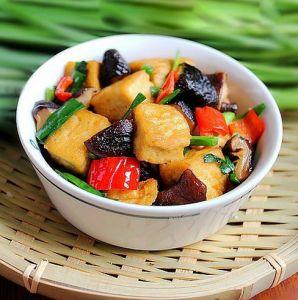 Ngon cơm với đậu phụ xào rau củ - Món chay