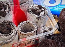 Trổ tài làm kem cuộn Thái Lan