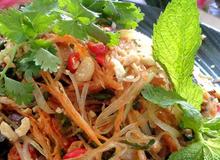 Gỏi đu đủ cá khô Thái Lan