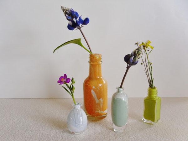 4 cách tái chế chai lọ làm bình hoa trang trí nhà tinh tế - Ảnh 6.