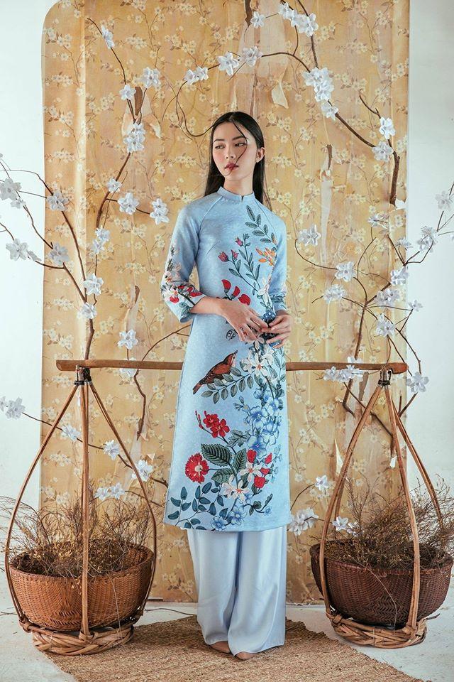 Du Xuân duyên dáng cùng những thiết kế áo dài truyền thống đến từ các thương hiệu Việt với giá chưa đến 3 triệu đồng - Ảnh 1.