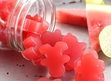 Cách làm kẹo dẻo dưa hấu tuyệt ngon cực lạ cho bé yêu
