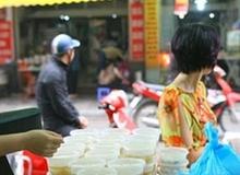 Cận cảnh một gia đình có truyền thống làm bánh trôi, bánh chay trên phố cổ