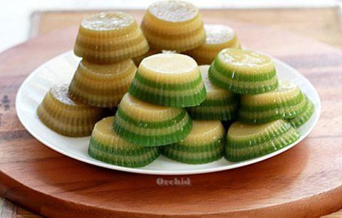 Bánh đậu xanh lá dứa thơm dẻo 1