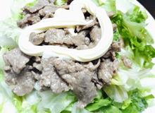 Salat thịt bò cho con ăn nhiều rau hơn