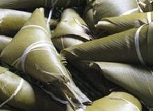 Bánh sừng trâu - món ăn truyền thống của dân tộc Cơ Tu ở xứ Quảng