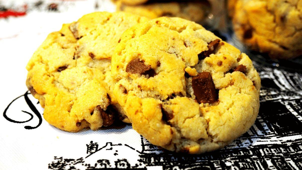 Làm bánh quy chocolate để dành ăn dần