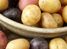 Khoai tây không chỉ để nấu nướng mà còn rất nhiều công dụng hữu ích khác