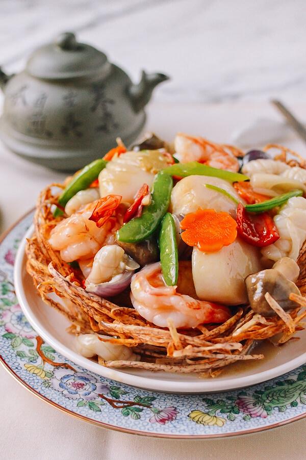 Mách bạn cách làm món ngon với hải sản tổ chim cho ngày Tết ngon như nhà hàng - Ảnh 9.
