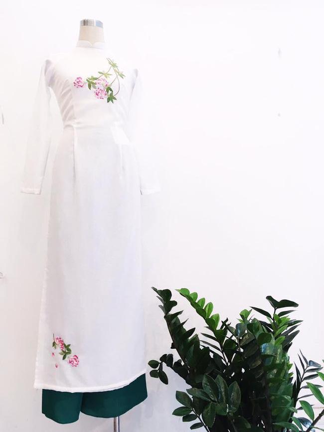 Du Xuân duyên dáng cùng những thiết kế áo dài truyền thống đến từ các thương hiệu Việt với giá chưa đến 3 triệu đồng - Ảnh 11.