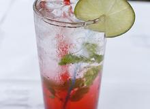 Công thức pha Soda dâu đơn giản tại nhà