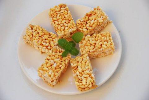 bánh cốm gạo