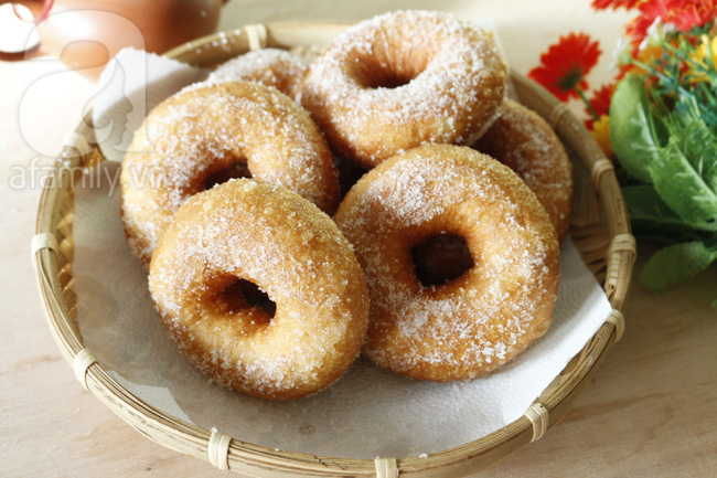 Làm bánh donut mềm xốp ai ăn cũng phải thích mê - Ảnh 9.