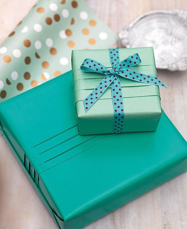 Học cách gói quà nhanh đơn giản mà đẹp - Ảnh 7.