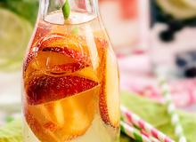 Thức uống detox thơm dịu với đào