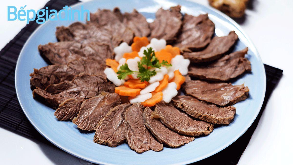 Món ngon ngày Tết: Bắp bò ngâm mắm