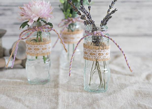 4 cách tái chế chai lọ làm bình hoa trang trí nhà tinh tế - Ảnh 3.