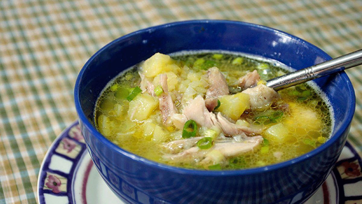 Cách nấu súp gà khoai tây bồi bổ cho cả nhà