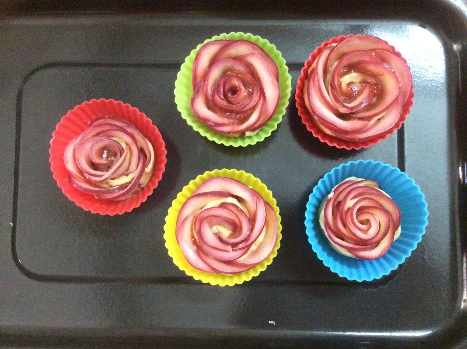 bánh tart hoa hồng