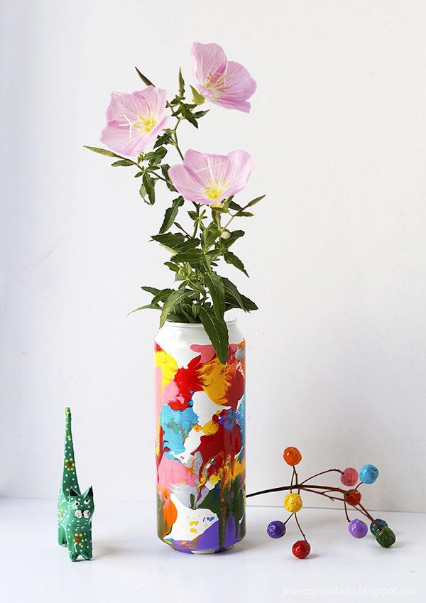 5 cách tái chế chai lọ thành bình cắm hoa đẹp siêu đơn giản - Ảnh 9.