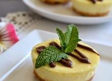 Bánh Phô Mai Chanh Mini (Mini Lemon Cheesecakes)