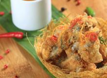 Món nấu nhanh: Ếch chiên giòn sốt mật ong siêu nhanh